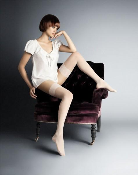 Elegante panty met kousenmotief en polka dot patroon Diana 20 DEN van Veneziana